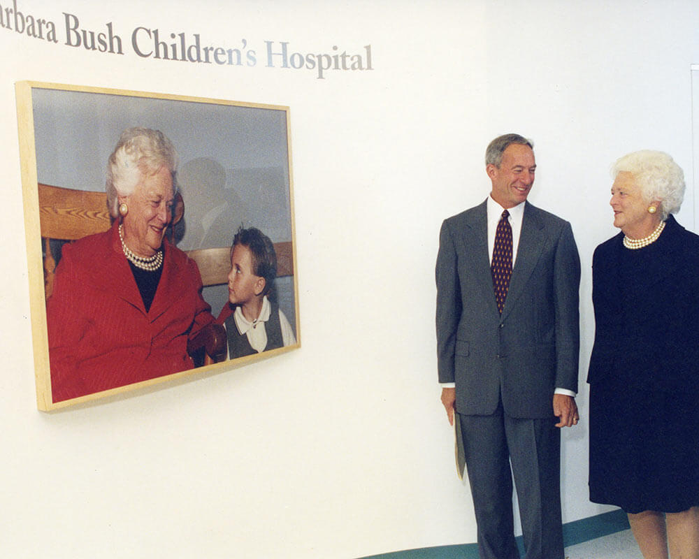 Owen Wells with first lady Barbara Bush