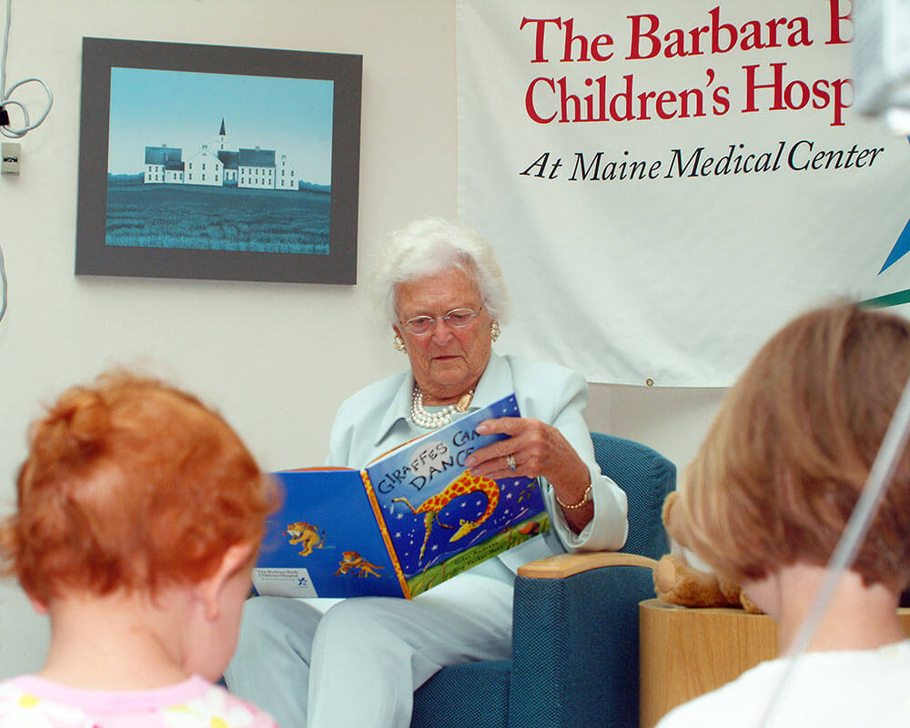 Barbara Bush reads 'Giraffes Can't Dance'