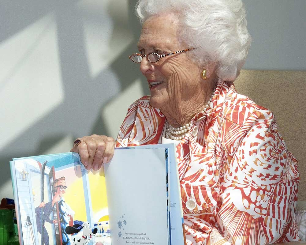 Barbara Bush reads 'Learning to Ski with Mr. Magee